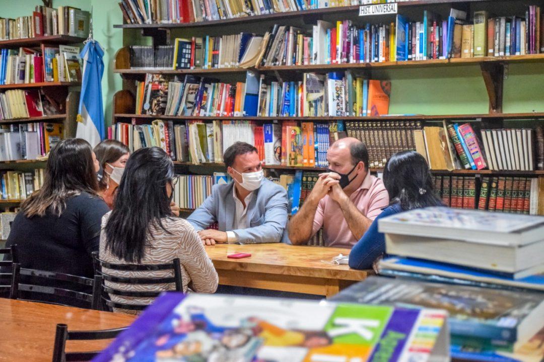 EL SENADOR ENRICO GESTIONÓ PERSONERÍA JURÍDICA A LA BIBLIOTECA SARMIENTO DE AMENÁBAR